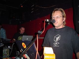2004-02-07_07.jpg